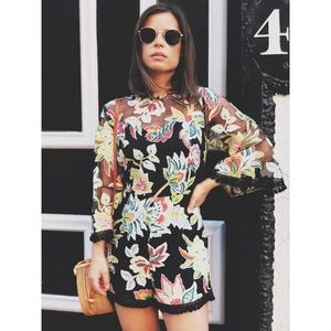 Pants - 🆕Lila Floral Lace Overlay Bell Sleeve Romper